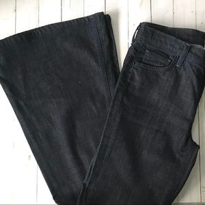 7 For All Mankind Bell-Bottom Jeans Sz 29